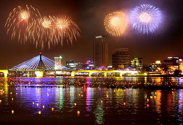 Lễ hội bắn pháo hoa tại Đà Nẵng