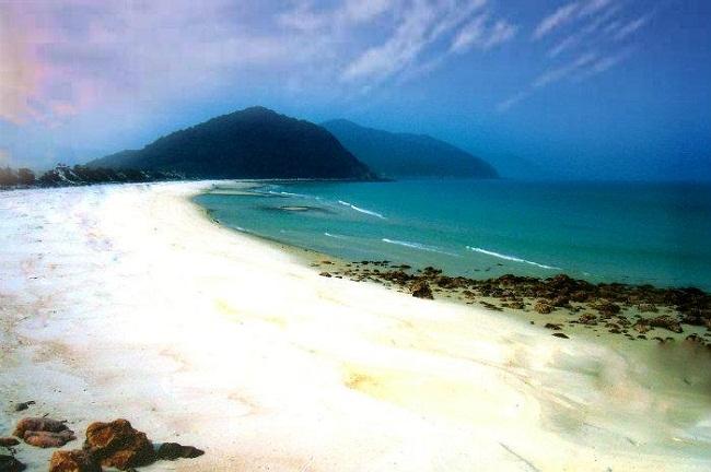vẻ đẹp của bãi tắm Sơn Hào